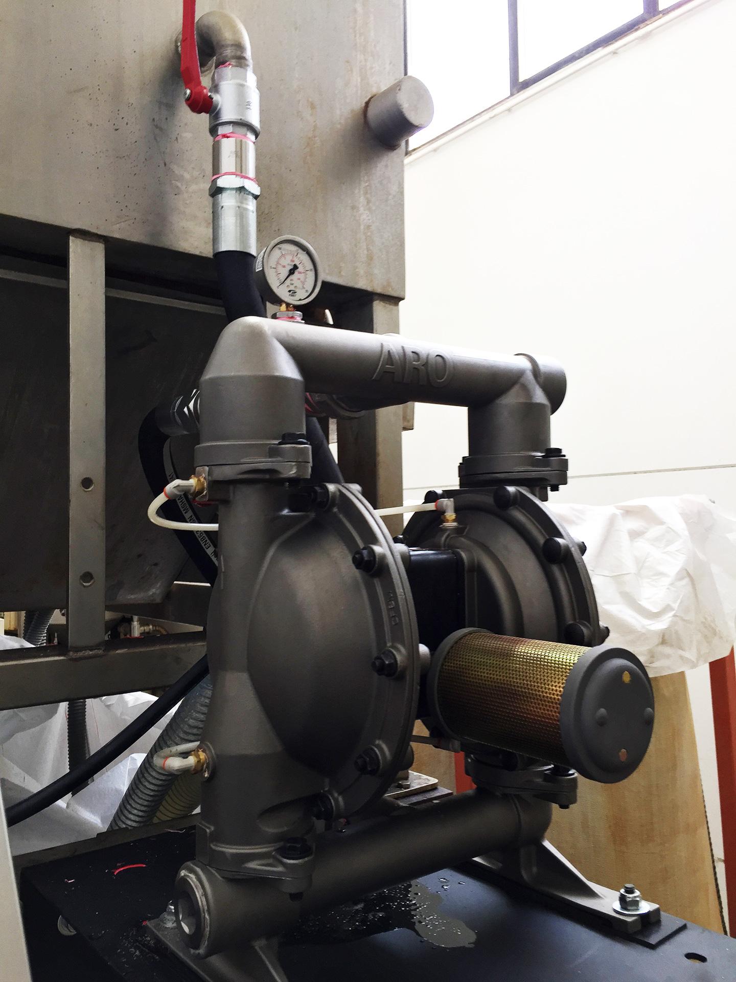 Referenza - Pompa a membrana ARO per filtropressa
